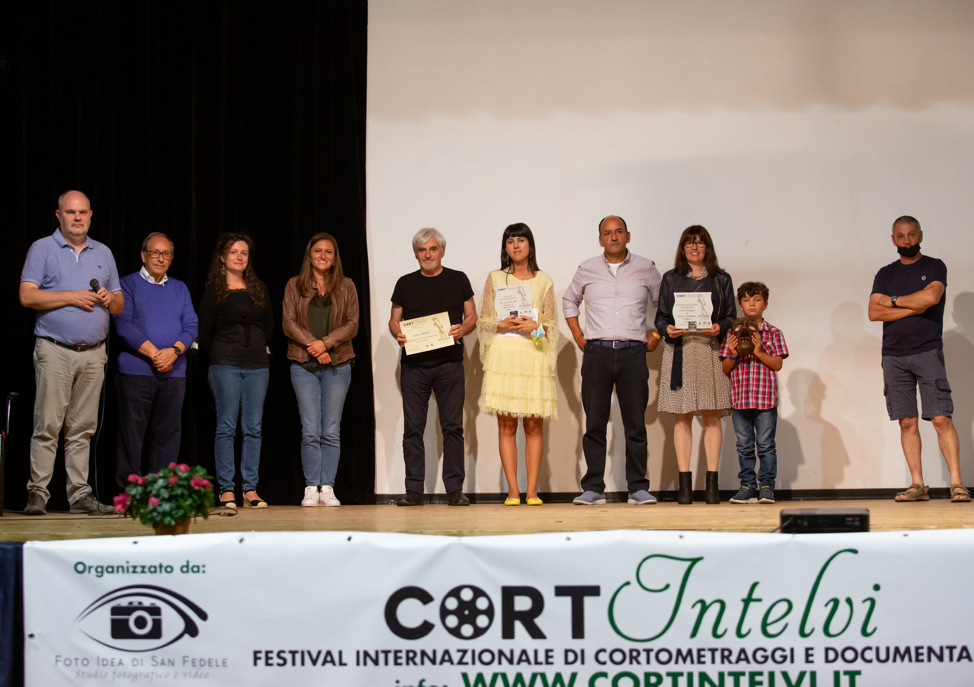 foto di gruppo premiazione